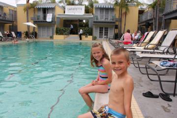 kids at lafayette pool